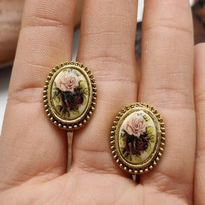 Vintage antique Victorian cameo roses frame dainty